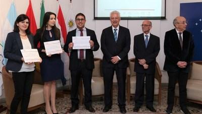 Premiaron a ganadores del II Premio MERCOSUR de Investigación en Políticas Sociales