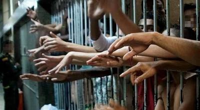 HOY / Hay crisis en las cárceles y falta plata para atender problemática: ministro hará lobby