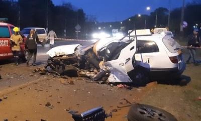 Taxista muere en choque frontal en Hernandarias