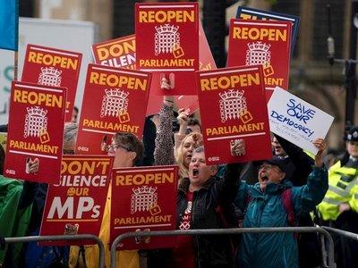 """Tribunal considera """"ilegal"""" la suspensión del Parlamento británico"""