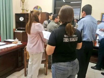 Operativo Dignidad. 8 Jefes Policiales detenidos