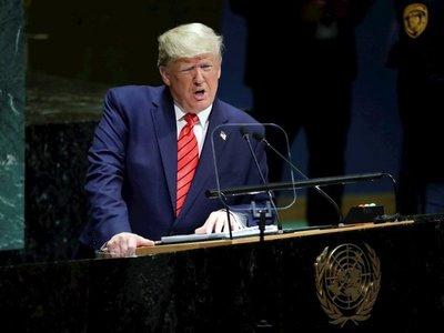 Trump desata polémica al burlarse de Greta Thunberg