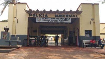 VARIOS POLICÍAS SUPUESTAMENTE VINCULADOS AL NARCOTRÁFICO SON DETENIDOS