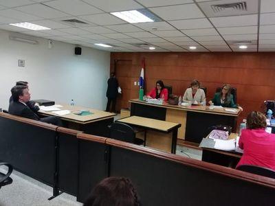 Luego de chicanear por años, se inició juicio de Luis Ortigoza, extitular del Indert