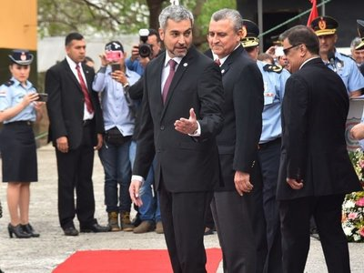 Villamayor desafía y advierte que brazos caídos violan la Constitución