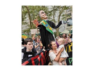 Bolsonaro pide respetar la soberanía sobre la  Amazonia