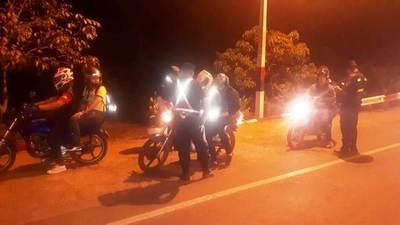 Cuatro detenidos, 10 aprehendidos y 40 motos incautadas en barreras •