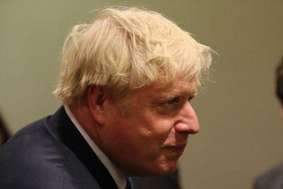Terremoto político para Johnson en el parlamento tras golpe de Corte Suprema
