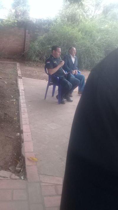 Comisionan a un policía a la Casona para impedir el ingreso de secretario y de un profesor