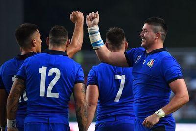 Italia apabulla a Canadá y sigue líder