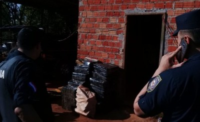 Fueron en busca de una moto robada y encontraron 300 kg de droga
