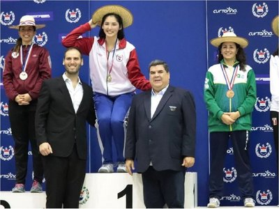 Montserrat Viveros logra histórica medalla de oro