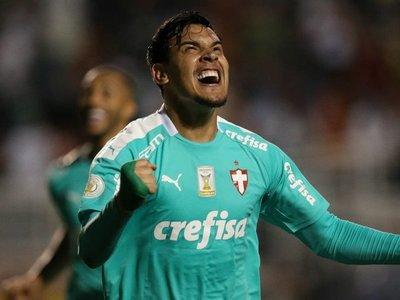 Con gol de Gómez, Palmeiras apabulló al CSA