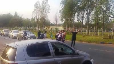 Anuncian manifestación para exigir señalización de ruta donde atropellaron a un alumno •