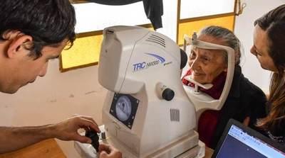 Quirófanos móviles facilitarán cirugías de cataratas en San Juan de Ñeembucú