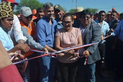 Abdo Benítez inaugura tramo 20 de la Bioceánica en Carmelo Peralta