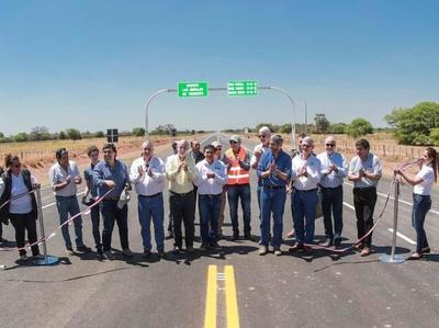 Presidente destaca que ruta bioceánica potenciará el desarrollo del Chaco y dinamizará el comercio regional