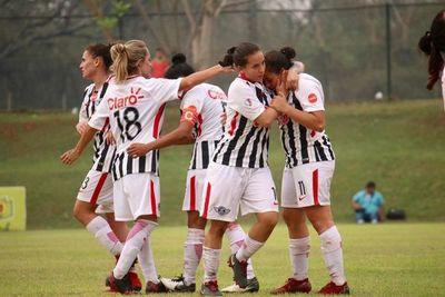 Fútbol: Las chicas vuelven al torneo local