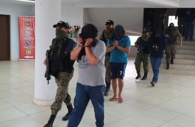 Policías involucrados con jefes narcos fueron enviados a la cárcel