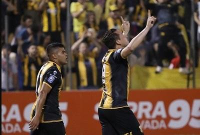 Dos partidos se juegan este sábado por el Clausura