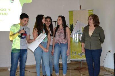 Realizan foro juvenil en San Juan, Misiones