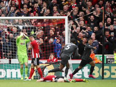 Wijnaldum le da la victoria al Liverpool ante el Sheffield
