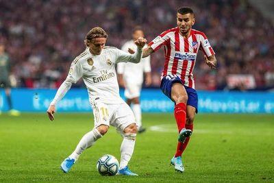 Real Madrid y Atlético empatan y el Barça se acerca