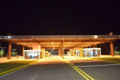 Paso fronterizo en Ayolas se suspende este lunes por mantenimiento