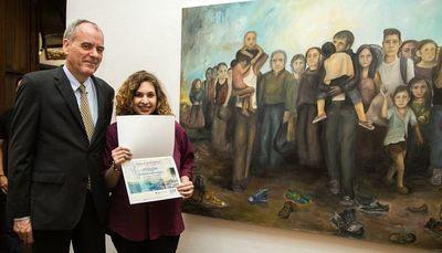Entregan premio de pintura de la Embajada de Alemania