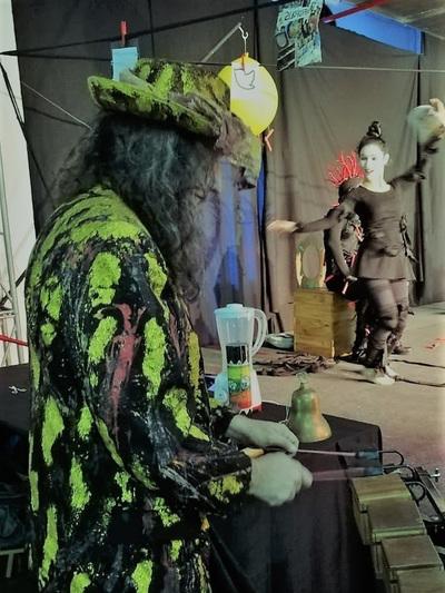 Noche de teatro alemán en Manzana Abierta