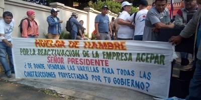 HOY / Obreros de Acepar hacen cortes intermitentes en Mariscal López
