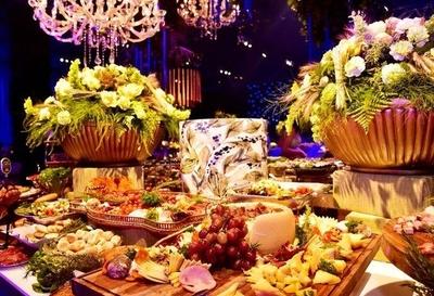 HOY / Fastuosa fiesta, 300 invitados, con Alex Rose y Bacilos: buen vivir del recaudador de Efraín