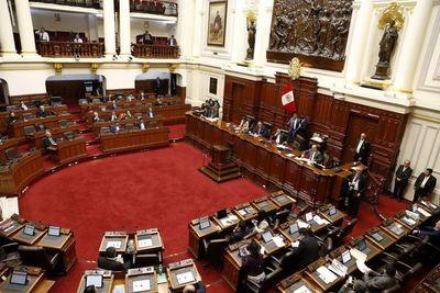 Disuelto Congreso peruano reacciona: Ahora hay dos presidentes