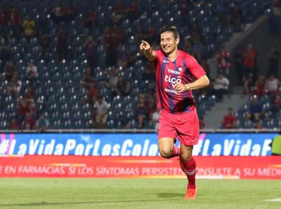 Cerro Porteño golea a Santaní para aliviar las penas