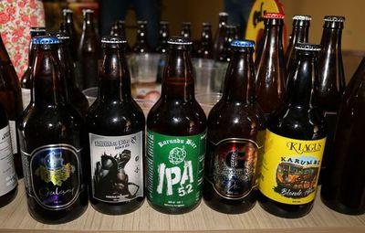 Preparan mas de 2500 litros de cerveza artesanal para el Karai Oktobeer