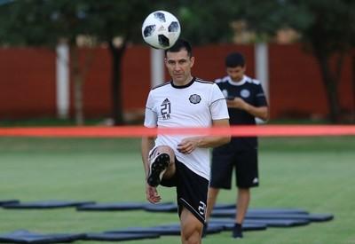 Richard Ortiz y Antolín Alcaraz entrenan con normalidad