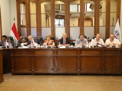 JEM decide enjuiciar a jueces de Paraguarí y fiscala