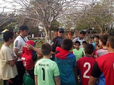 Jóvenes pilarenses sueñan con ser futbolistas profesionales