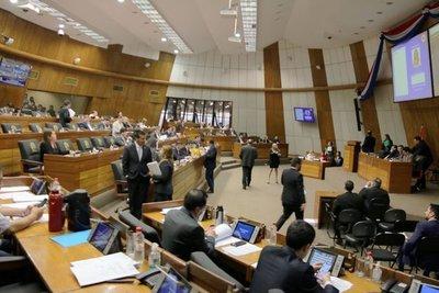 Autoblindaje continuará en Diputados. Ni un solo legislador perderá su banca hasta que no haya ley reglamentaria, según Alliana