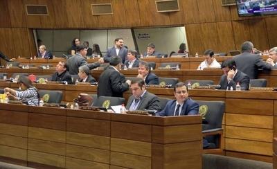 HOY / Diputados repudian a jueces por sentencia leve contra abusador