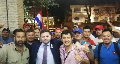 PGR llega a acuerdo con obreros de ACEPAR y levantan huelga