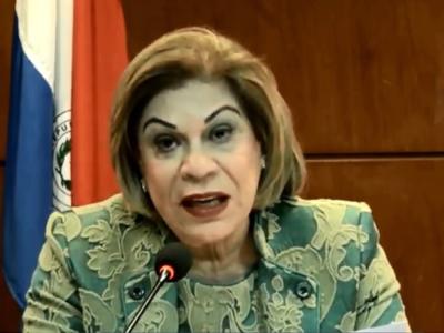 Payo plantea colocar la foto de la ministra