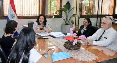 Senatur y ONU Mujeres promoverán emprendedurismo a través de la artesanía