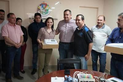 Gobernación entrega electrocardiógrafos a hospitales y Centros de Salud de Misiones