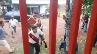"""HOY / Seguidores de intendente se toman a golpes con críticos: 'Fue una peleita nomás"""""""