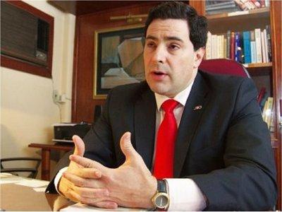 Hugo Estigarribia también se aparta de comisión negociadora de Itaipu
