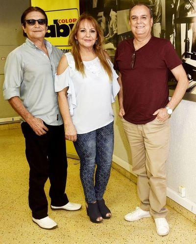 """""""Cantares"""", 35 años de hacer música en familia"""