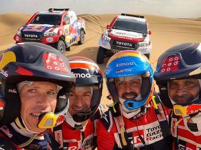 Fernando Alonso prepara el Dakar