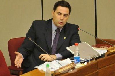 Hugo Estigarribia abandonó la comisión negociadora de Itaipu