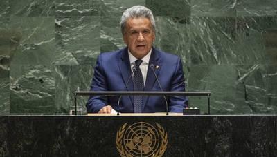 Presidente de Ecuador dice que no dará marcha atrás con las medidas económicas